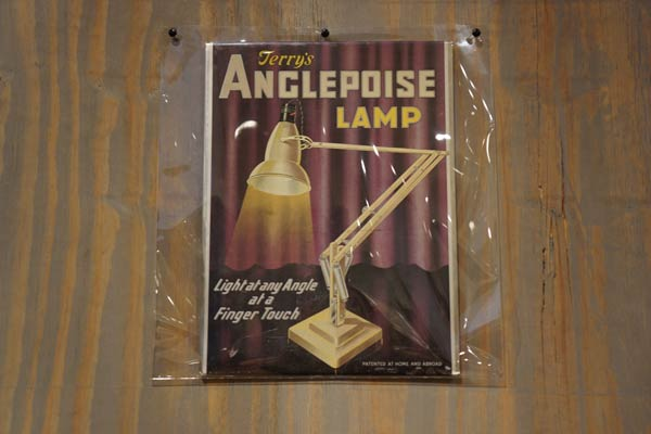 anglepoise-lamp-at-design-museum-london