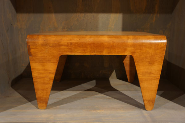 nesting-table-by-marcel-breuer