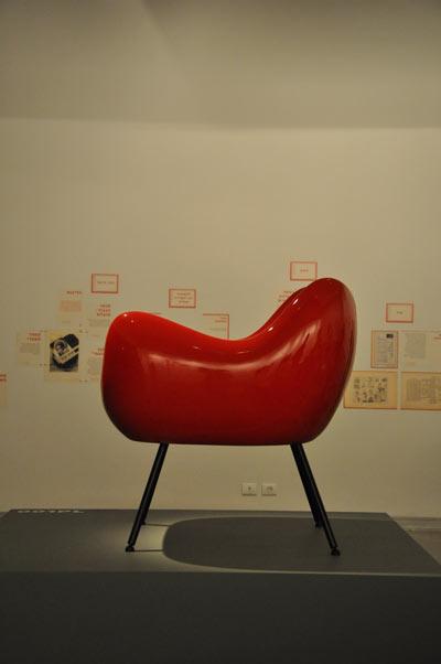 armchair-by-Roman-Modzelewski