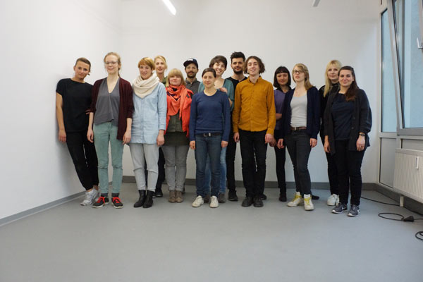 group-pciture-with-students-from-hfg-offenbach